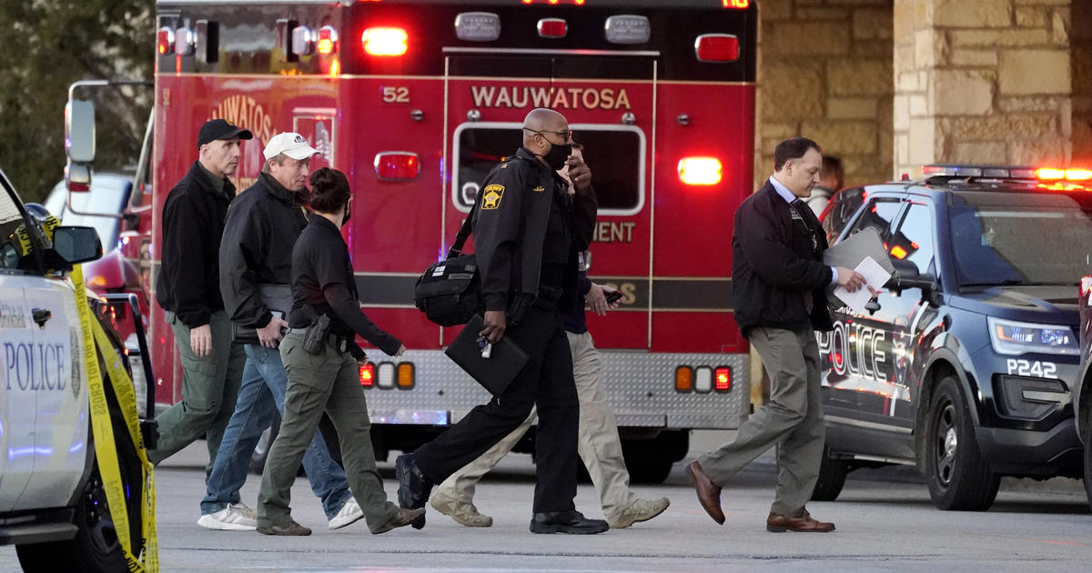 Shooting at Mayfair Mall in Wisconsin leaves 8...