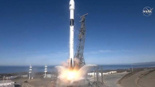 112120-launch2.jpg
