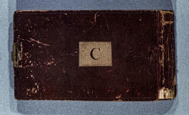 darwin-notebook-c-cambridge.jpg