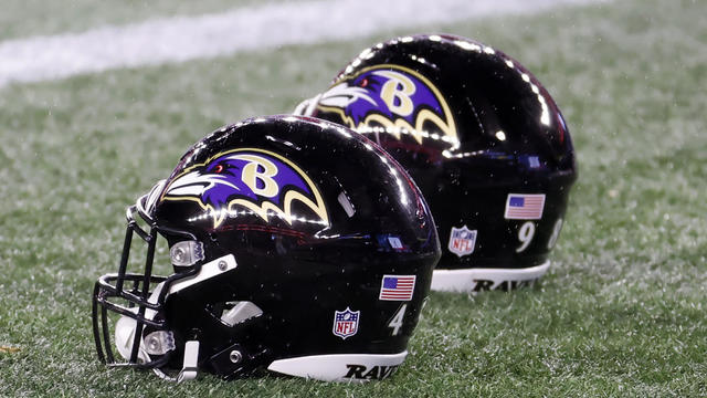 NFL: NOV 15 Ravens at Patriots