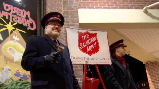 cbsn-fusion-salvation-army-taking-its-red-kettle-campaign-online-as-pandemic-threatens-traditional-donations-thumbnail-598867-640x360.jpg