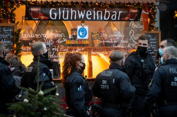 Mulled wine booth in Dresden