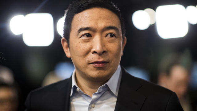 CBSN-Fusion-Andrew-yang-at-DNC-Make-a a-appeal-to-thrumer-i-get-It-thumbnail-533613-640x360.jpg