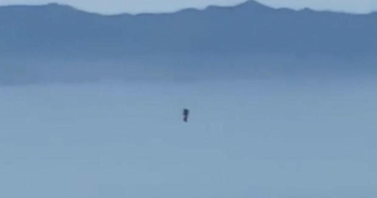 """Another jetpack sighting reported near LAX: """"The jet man is back"""""""