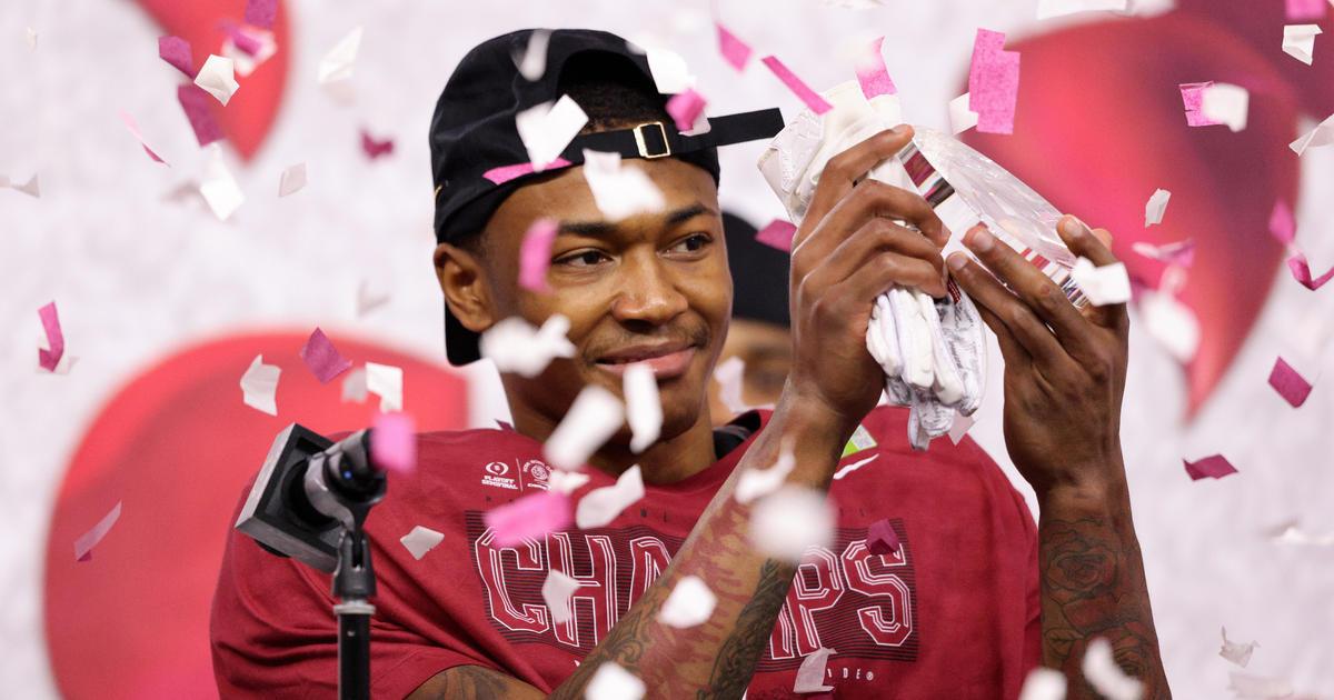 Alabama's DeVonta Smith wins the Heisman Trophy – CBS News