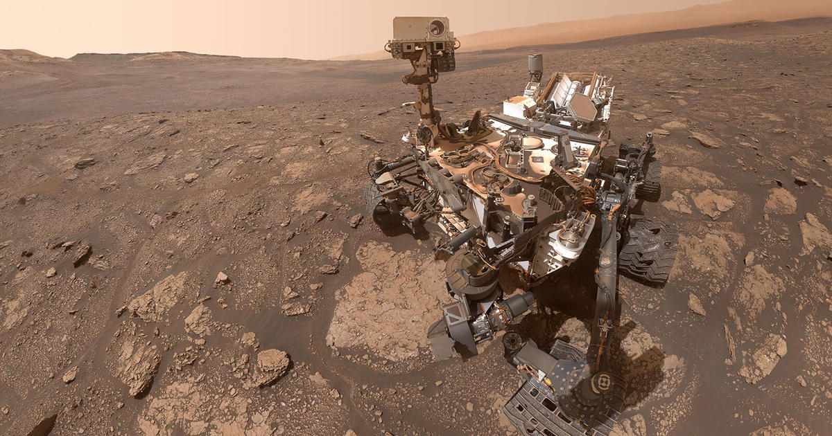 NASA Curiosity rover celebrates 3,000th day on Mars with stunning panorama of planet