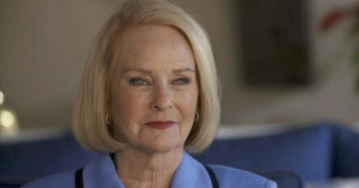 """Cindy McCain touts Biden as """"ready"""" for presidency"""