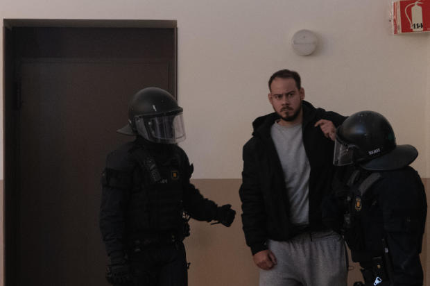 The Mossos Enter The University Of Lleida To Arrest Pablo Hasel, Who Is Locked Up In The Rectorate
