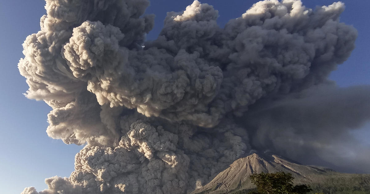 Dramatic video shows volcano spewing ash 16,000 feet into sky