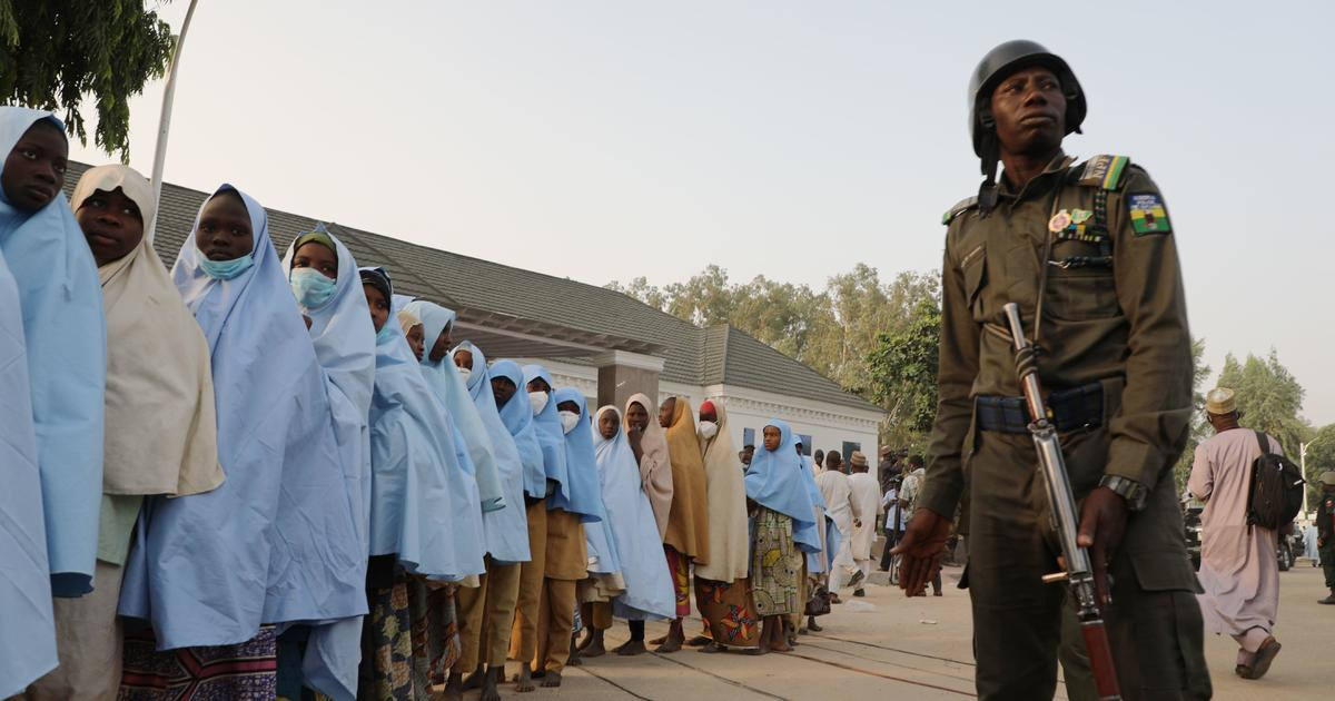 Nigerian official says 279 schoolgirls released 4 days after mass-abduction