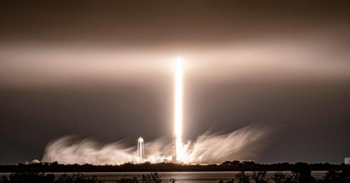 SpaceX launches 60 more Starlinks, boosting total past 1,200