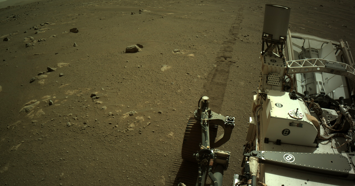 """NASA reveals """"very noisy"""" first sounds of Perseverance rover driving on Mars"""