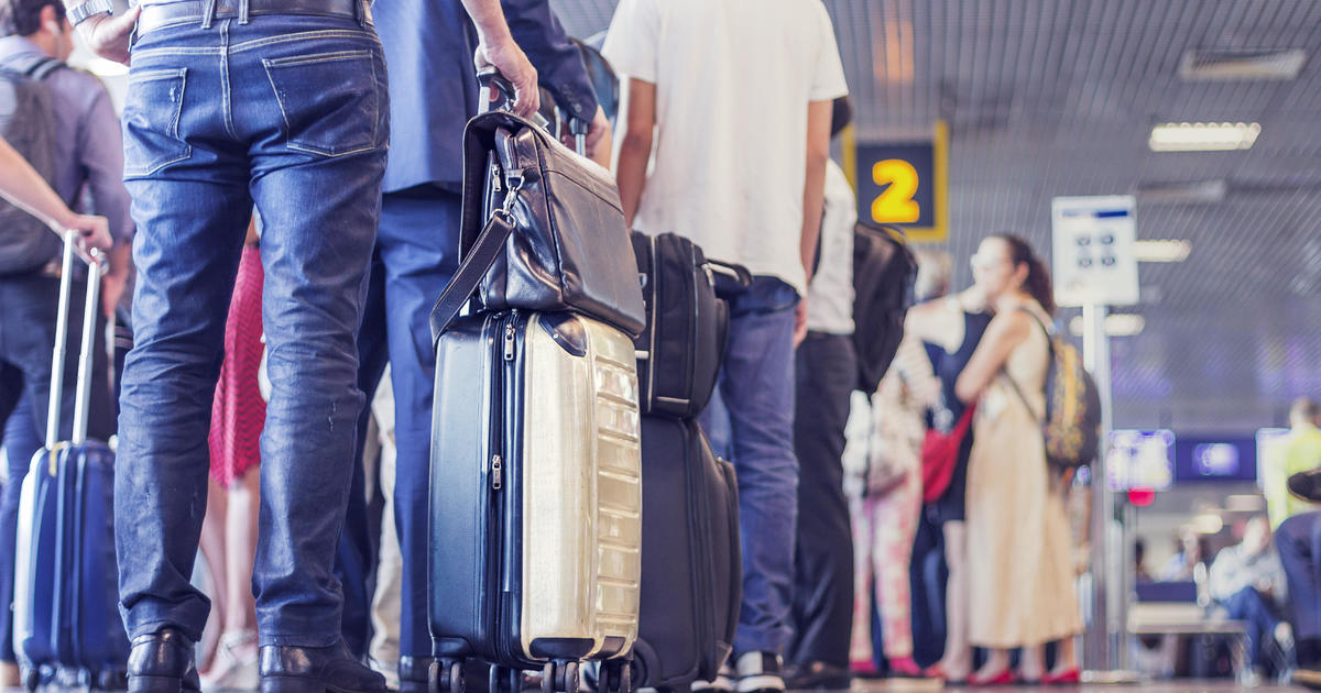 Millions of Americans return to air travel as vaccines and spring break fever kick in