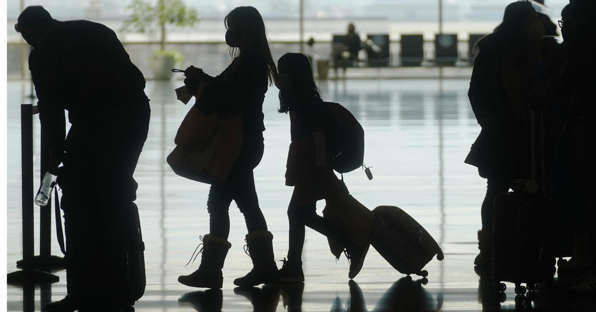 Where can Americans travel? What to know about COVID-19 restrictions around the world