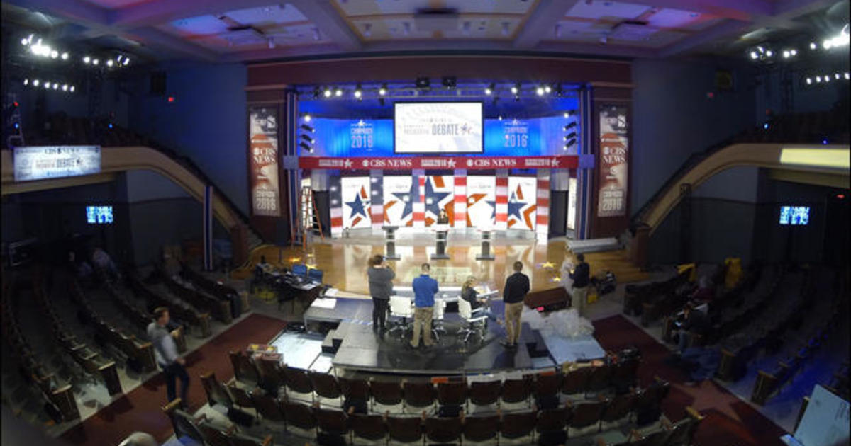 Watch the building of the Democratic debate stage