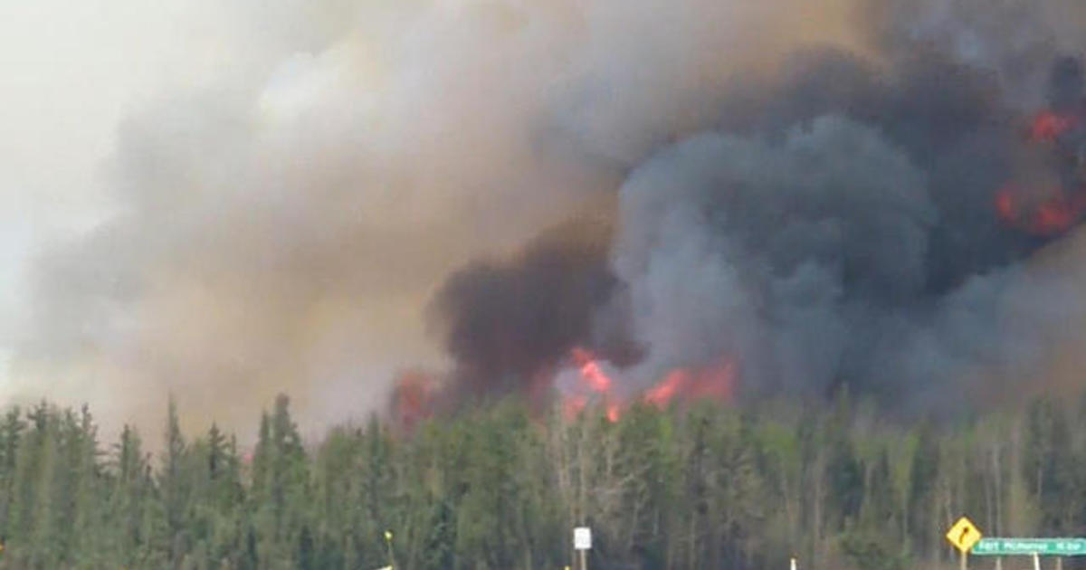 Monster Fort McMurray fire continues to spread