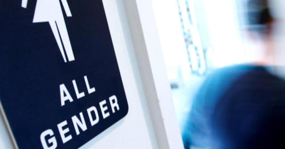 Kentucky school principal defends bathroom guidelines