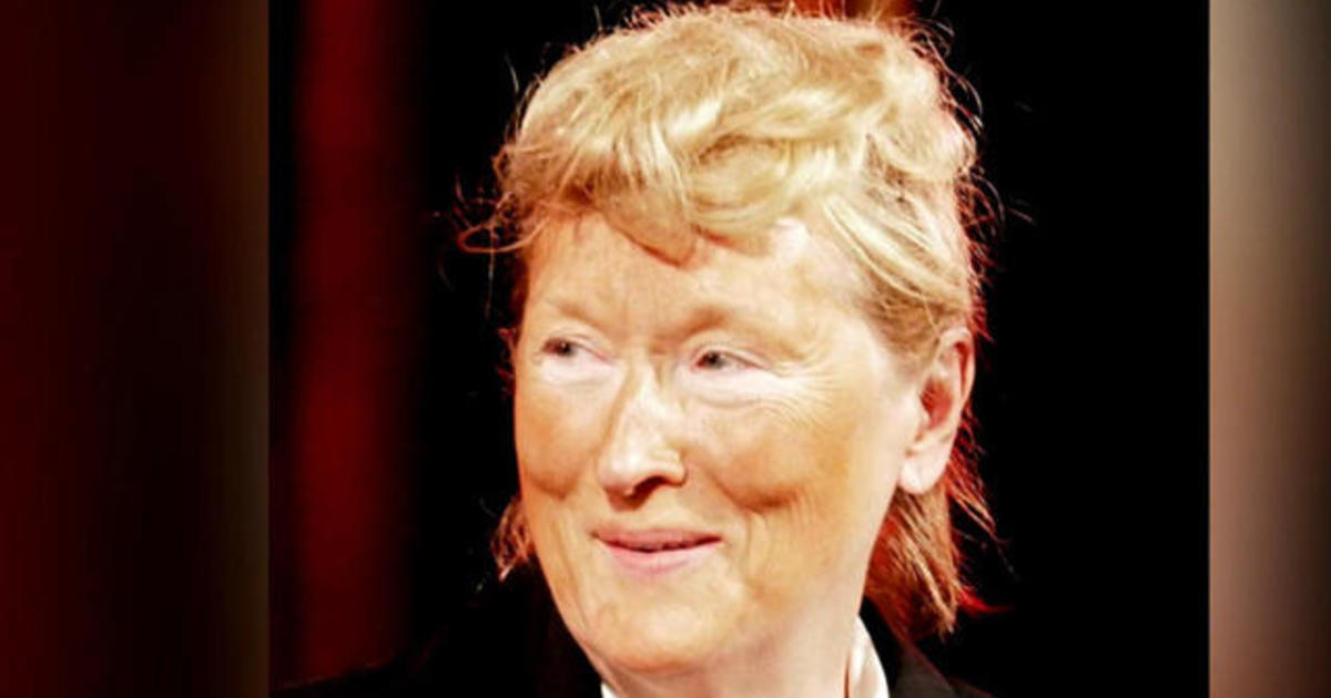 Meryl Streep plays Donald Trump at theater gala