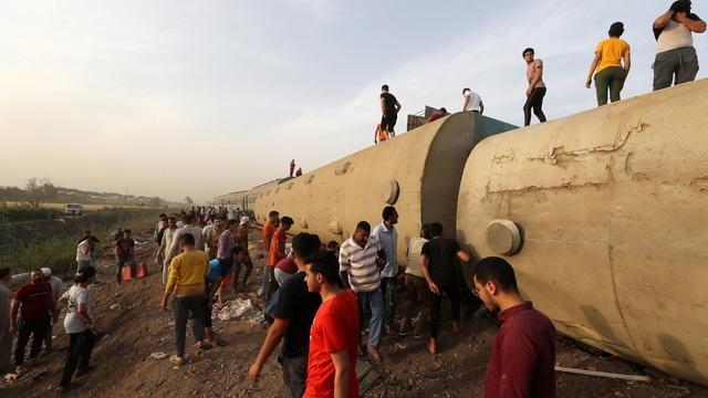 cbsn-fusion-world-view-egypt-train-derailment-navalny-health-concerns-soccer-super-league-thumbnail-696114-640x360.jpg