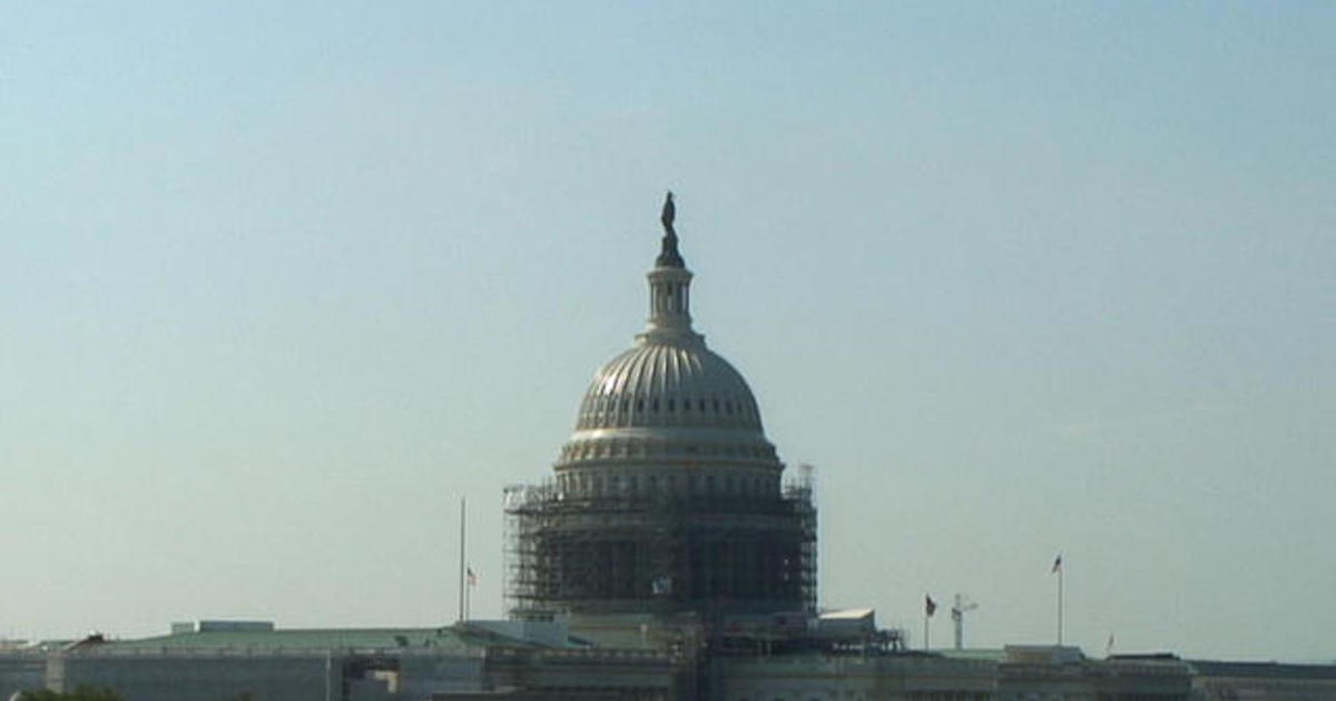Capitol building briefly under lockdown