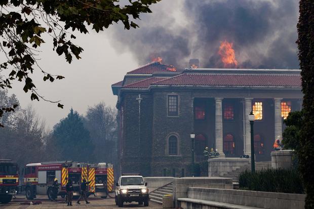 TOPSHOT-SAFRICA-FIRE-LIBRARY-UNIVERSITY