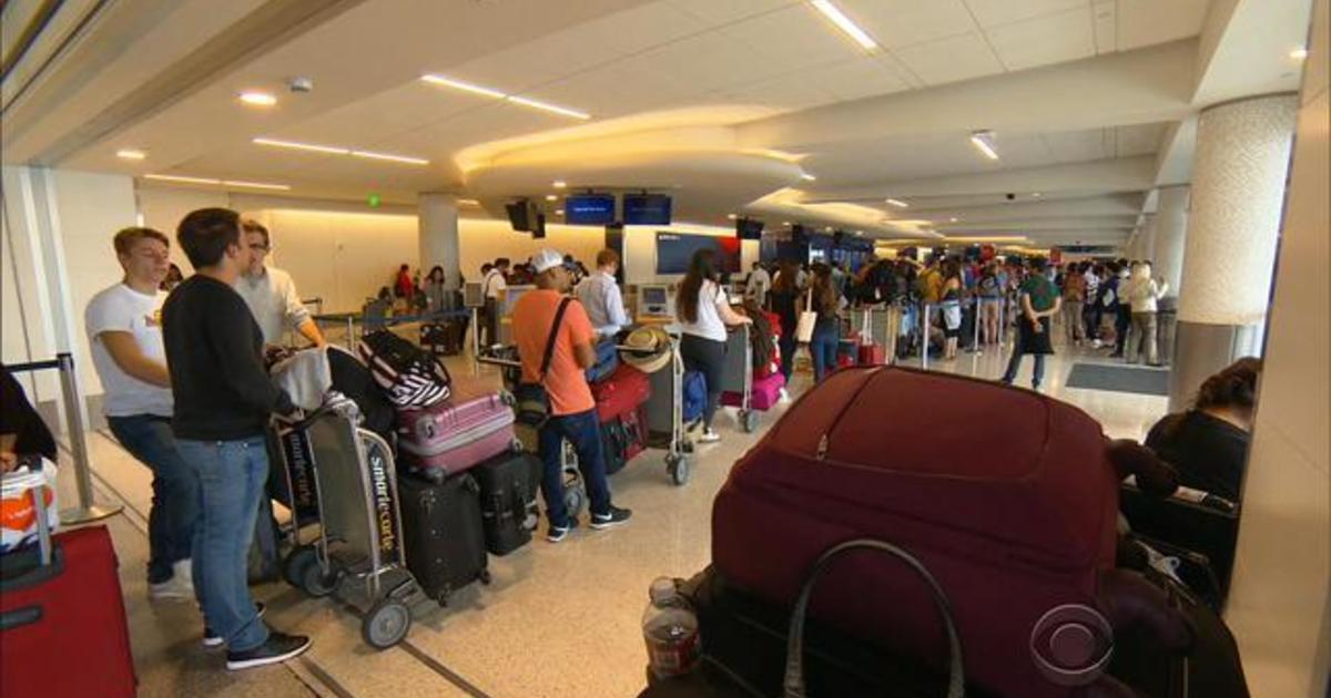 Thousands still stranded as Delta recovers from computer outage