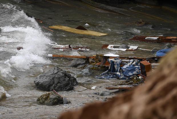 boat capsizes — San Diego, California
