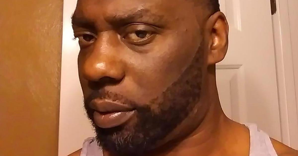 """Para deputi """"dibenarkan"""" dalam penembakan fatal terhadap Andrew Brown Jr., kata DA thumbnail"""