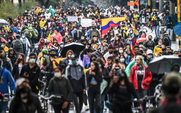 TOPSHOT-COLOMBIA-TAX-REFORM-PROTEST
