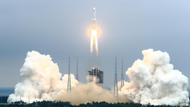 CBSN-Fusion-Rocket-eFbris-from-chinas-space-station-launch-is-wherling-to-bath-thembnail-708709-640x360.jpg