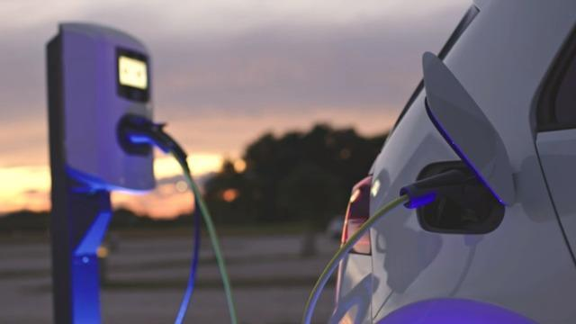 cbsn-fusion-push-for-electric-cars-gets-a-boost-after-fuel-pipeline-hack-thumbnail-715798-640x360.jpg