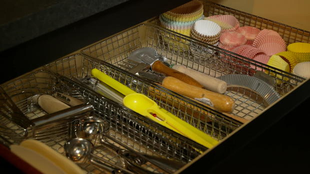martha-stewart-utensil-drawer.jpg
