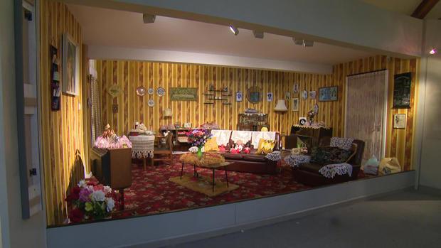 museum-of-the-home-suburban-living-room-1920.jpg