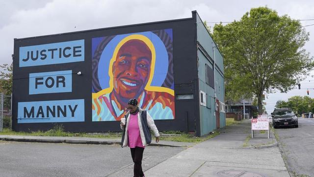 manny-ellis-mural.jpg