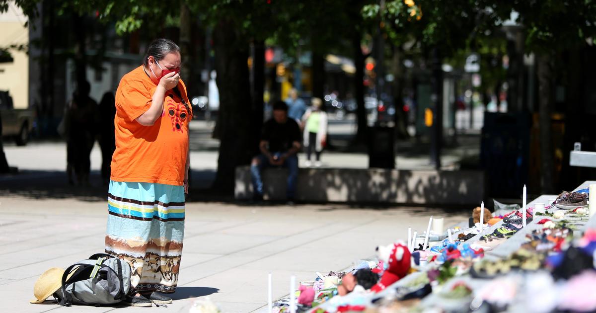 Lebih besar dari 200 mayat dipelajari di perguruan tinggi Pribumi thumbnail