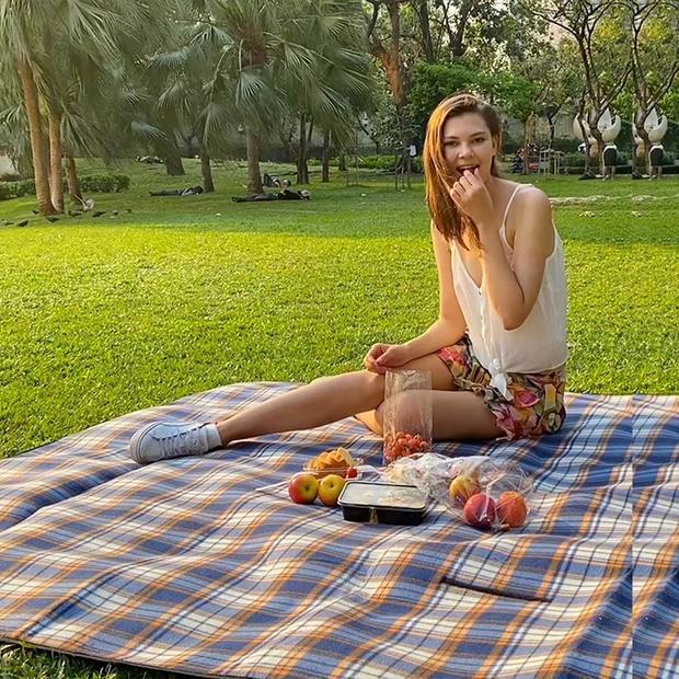 picnicblanket.jpg