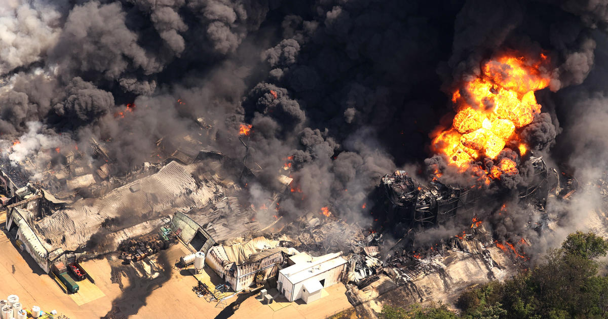 Massive chemical fire at Illinois plant could burn for days