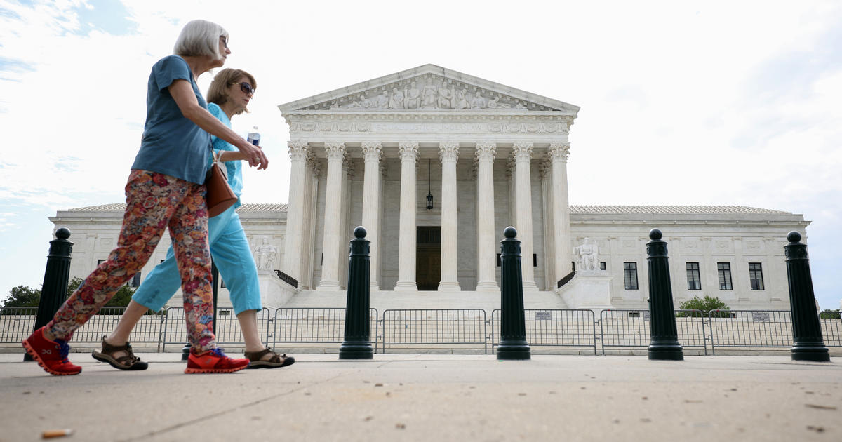 Supreme Court sides with Catholic foster care agency in religious liberty case thumbnail
