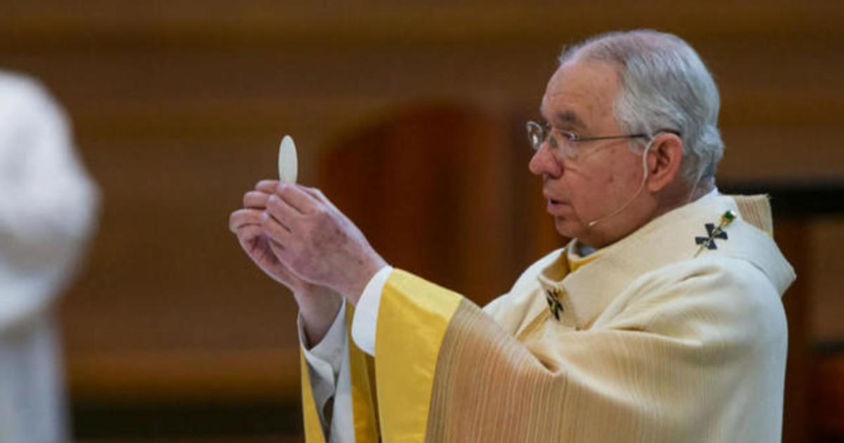 U.S. bishops to discuss whether Biden, Catholic politicians should get Communion if they support abortion rights
