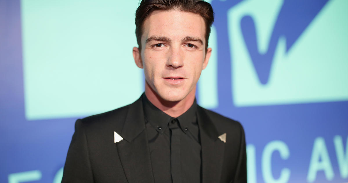 """Drake Bell, star of """"Drake and Josh,"""" pleads guilty to crimes involving a minor"""