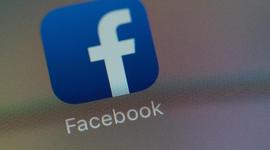 facebookscreengrabs08.jpg