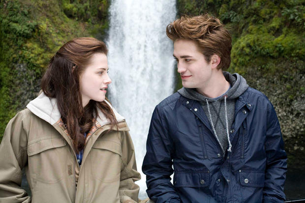 "Available July 16 on Netflix: ""Twilight"""