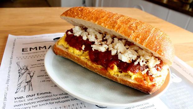 shakshuka-pepper-and-egg-sandwich-emma-torch-620.jpg