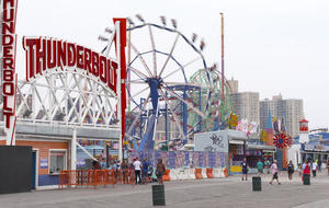 coney-island-boardwalk-760139-640x360.jpg
