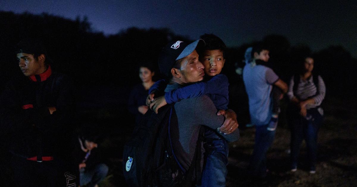 DOJ threatens legal action against Texas over migrant order
