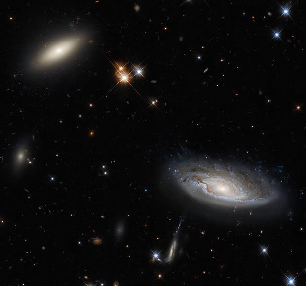 biggalaxieshubble.jpg