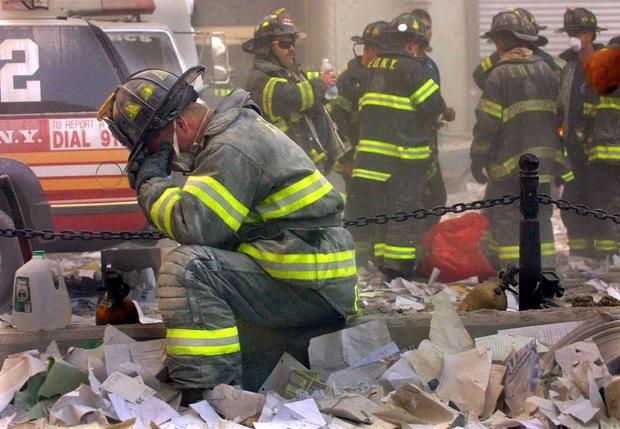 Firefighter Prays On September 11