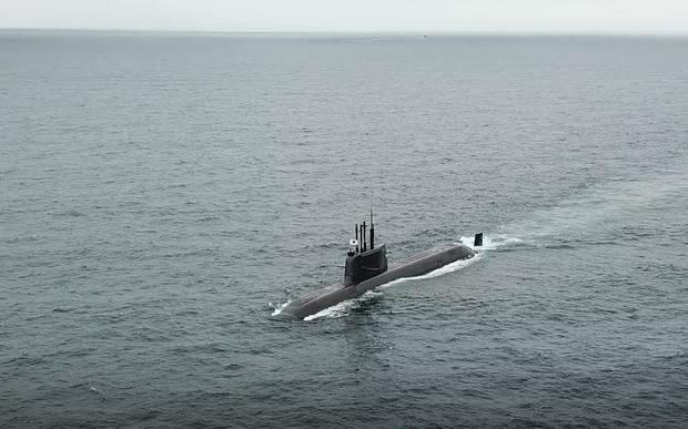 south-korea-sub-missile-test.jpg