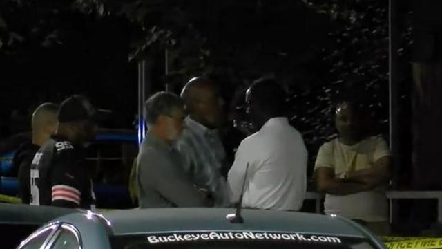 cleveland-mayor-frank-jackson-at-scene-of-shooting-death-of-grandson-frank-q-jackson-on-evening-of-0919921.jpg