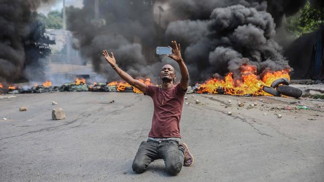 TOPSHOT-Haiti-US-kidnapping-gangs-strike